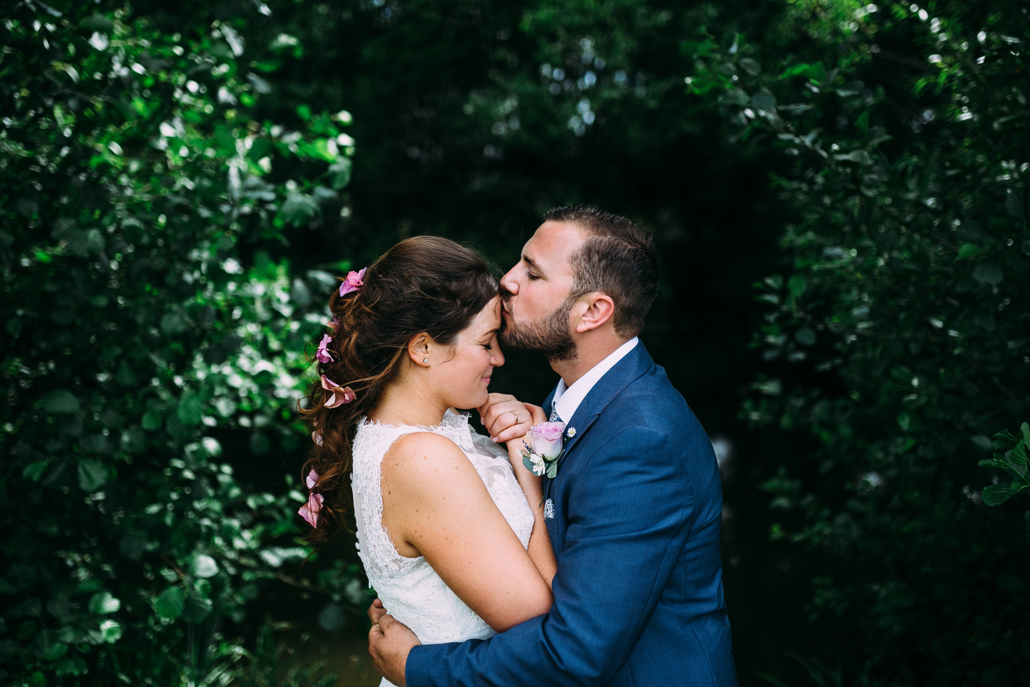 colorful rustic and vintage tipi wedding photography in surrey romantic