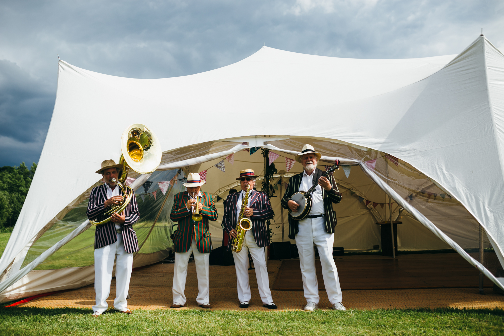 colorful rustic and vintage tipi wedding photography in surrey jazz bands