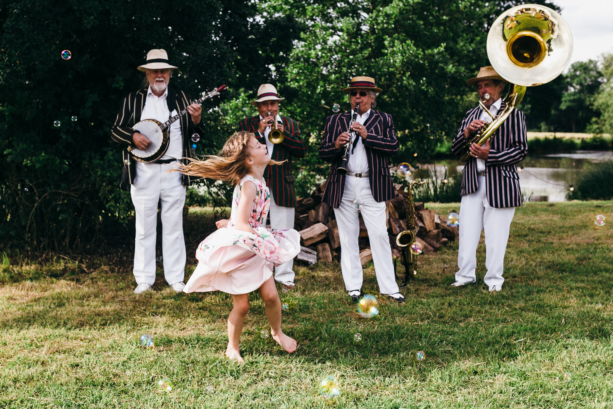 colorful rustic and vintage tipi wedding photography in surrey jazz band