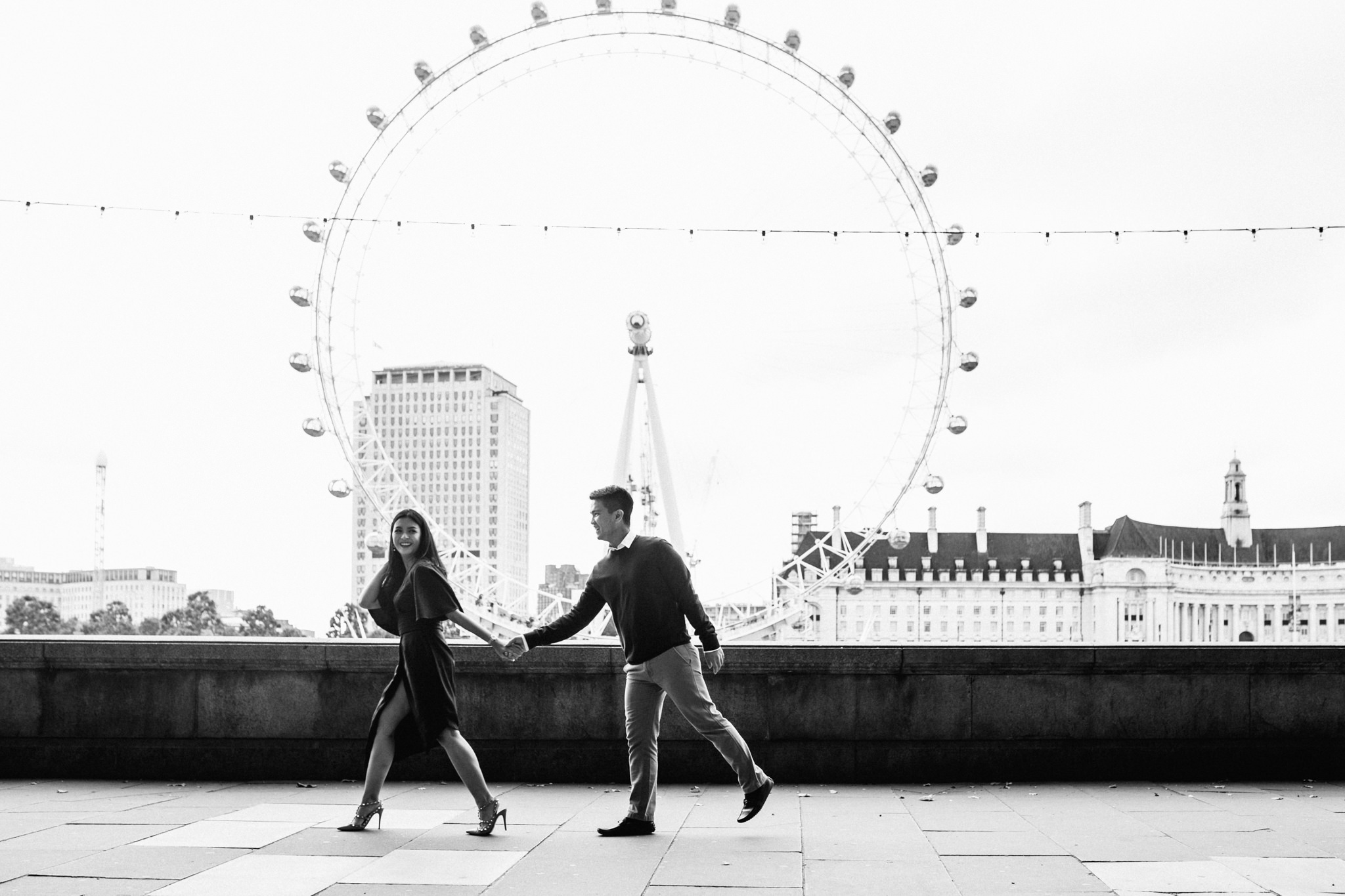 london engagement couples shoot at london eye and wesminster asian couple