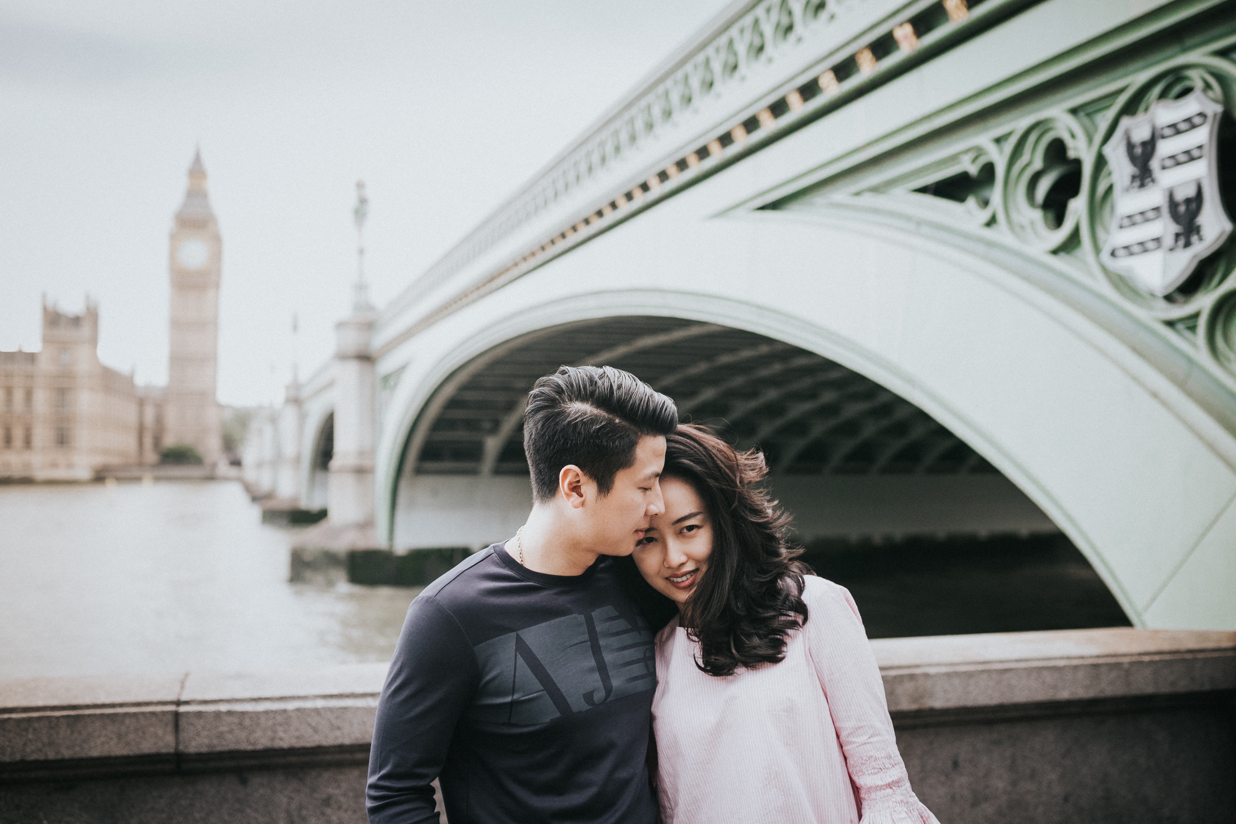 fun engagement shoot ideas in london pre wedding at wesminster soho and south bank lovers in london