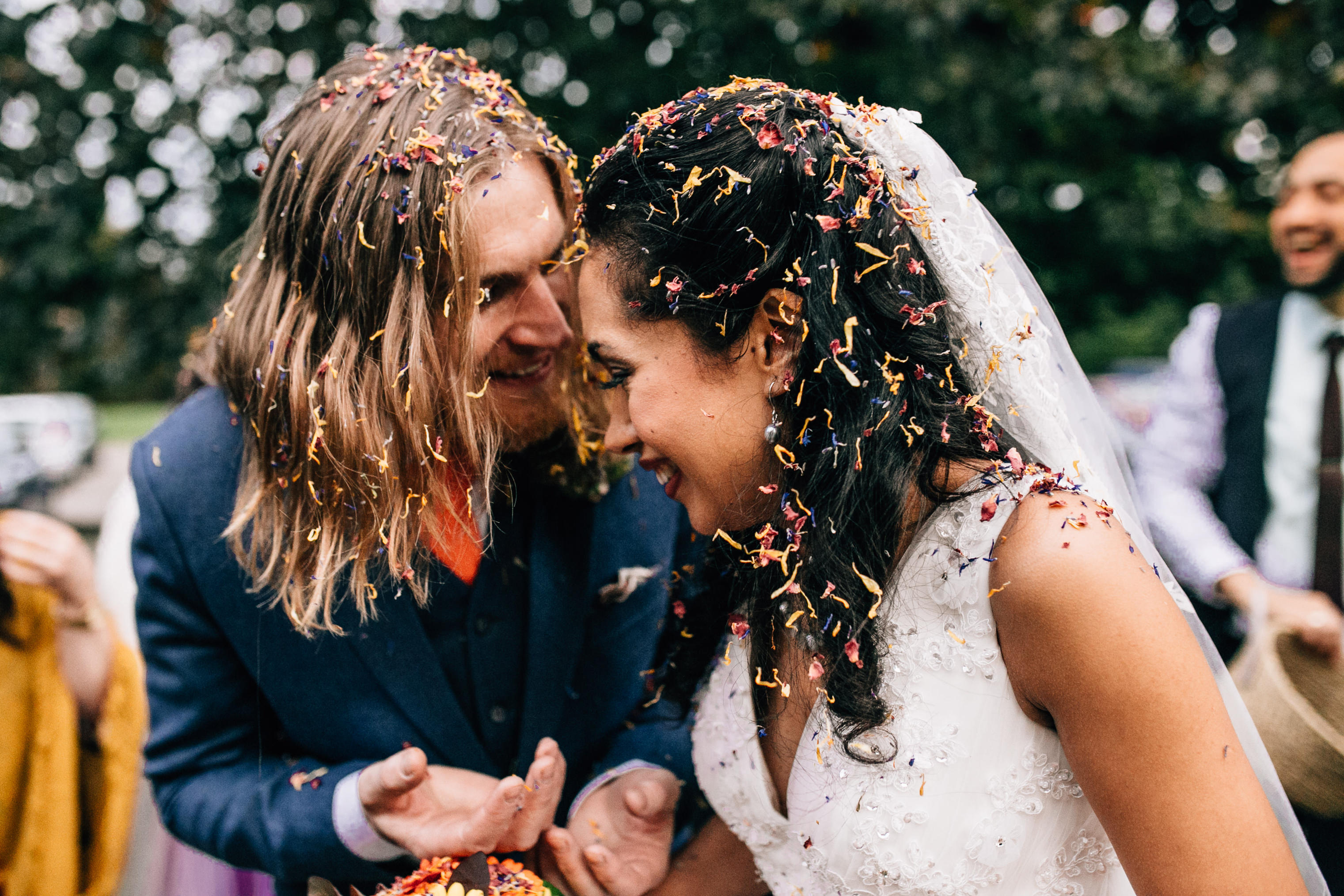 quirky fun autumn wedding in london wedding photographer confetti