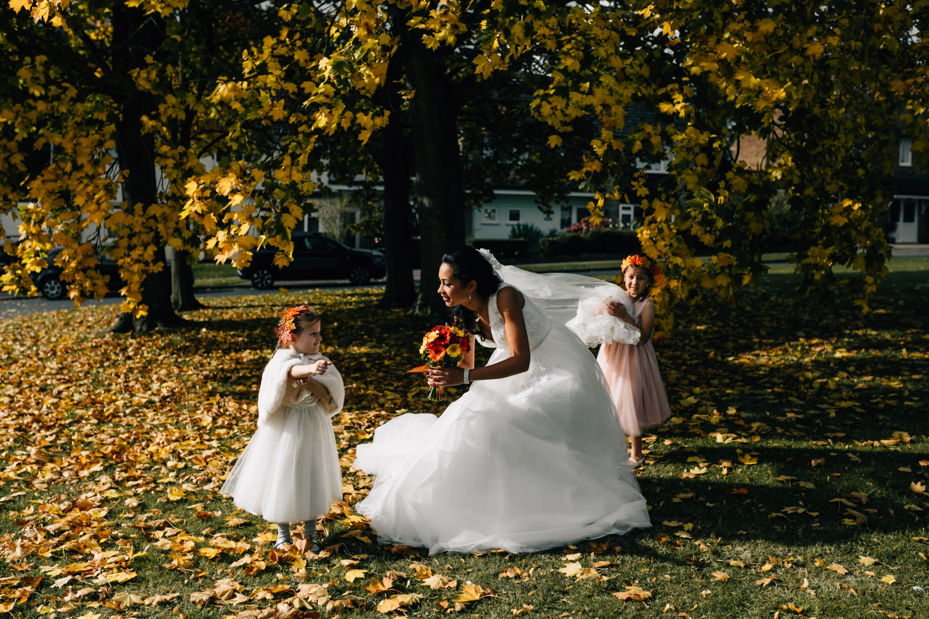 fun quirky london wedding photographer autumun bridesmaids bouquet flower girls