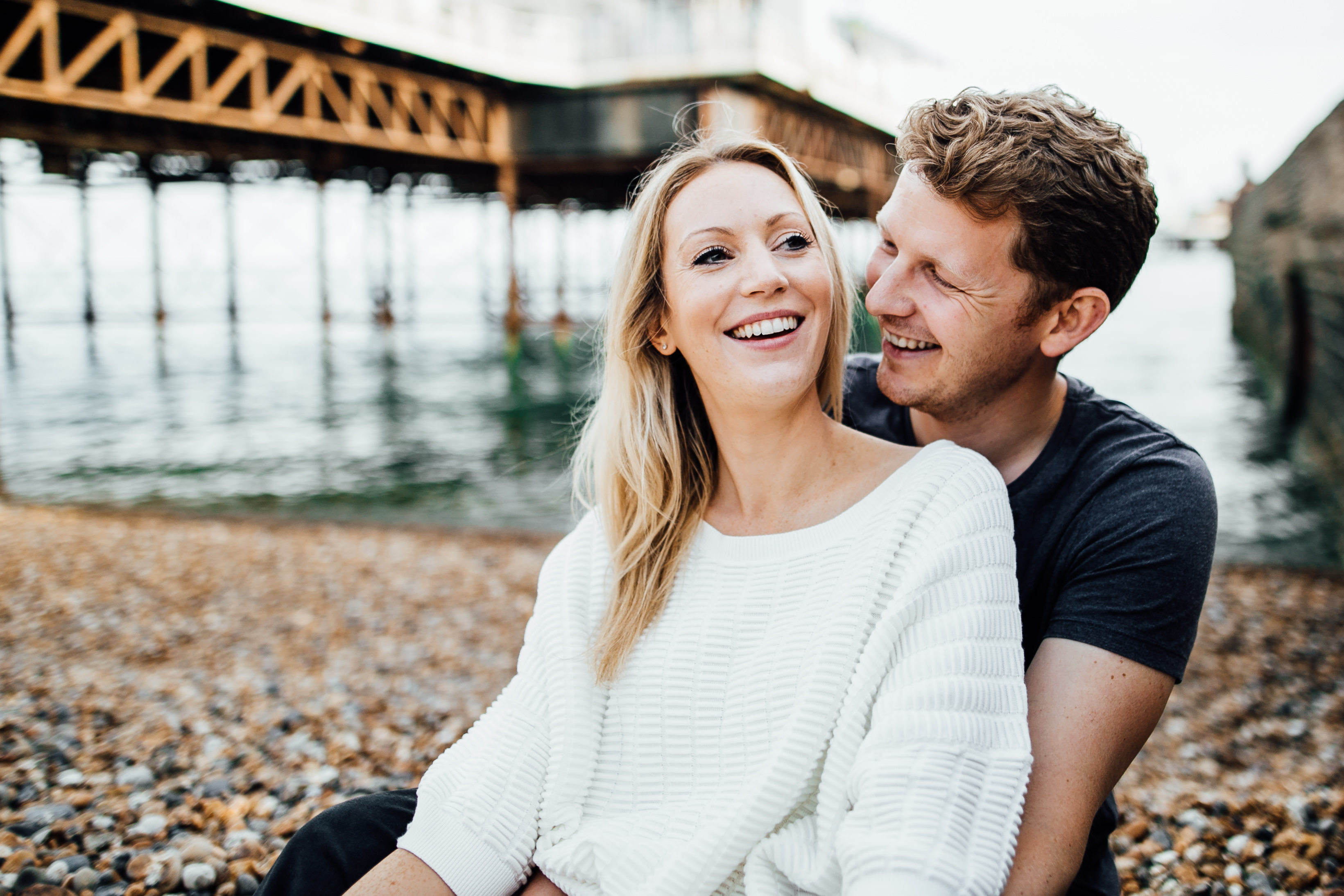wedding photography brighton beach and pier engagement shoot