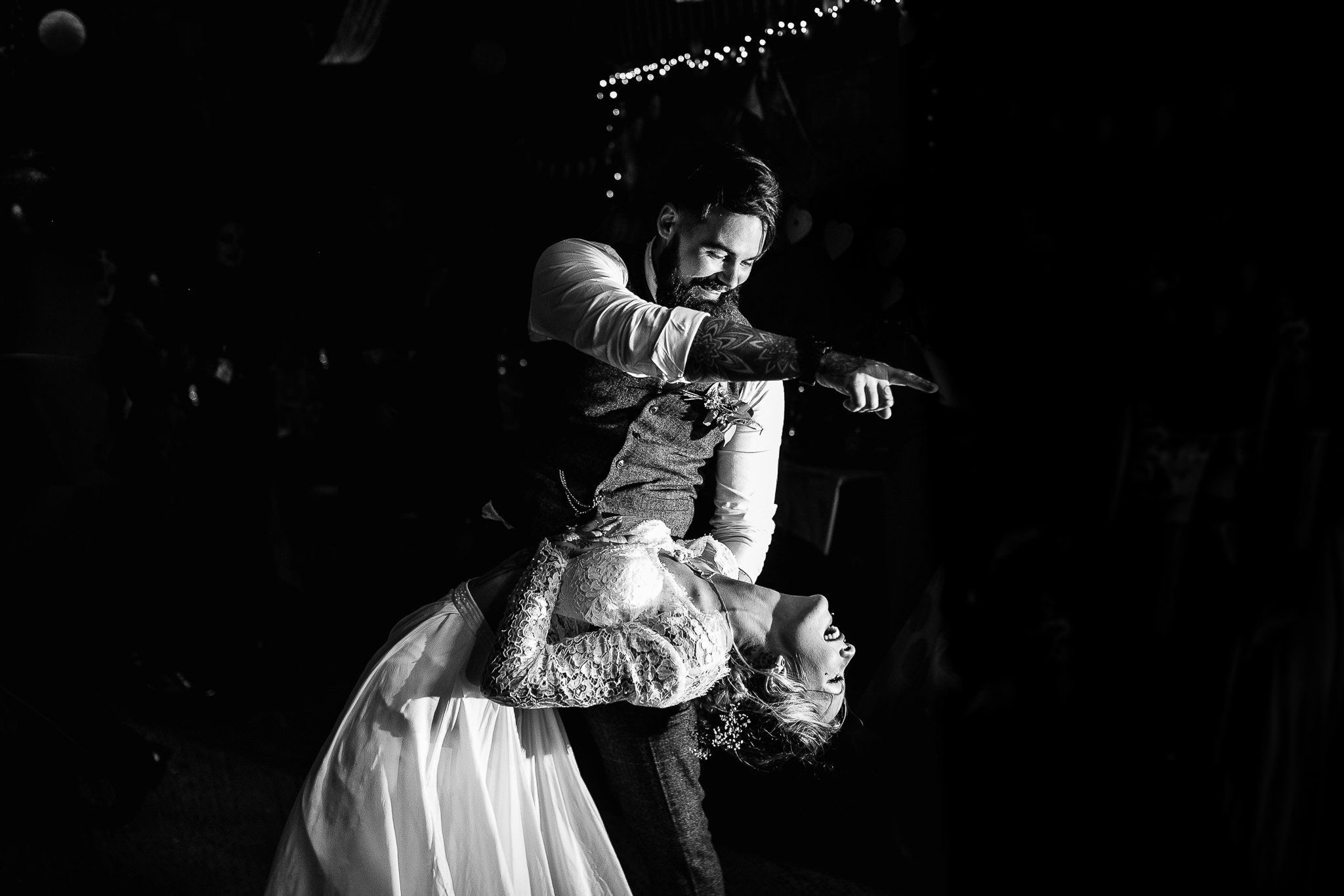 fun wedding photography first dance