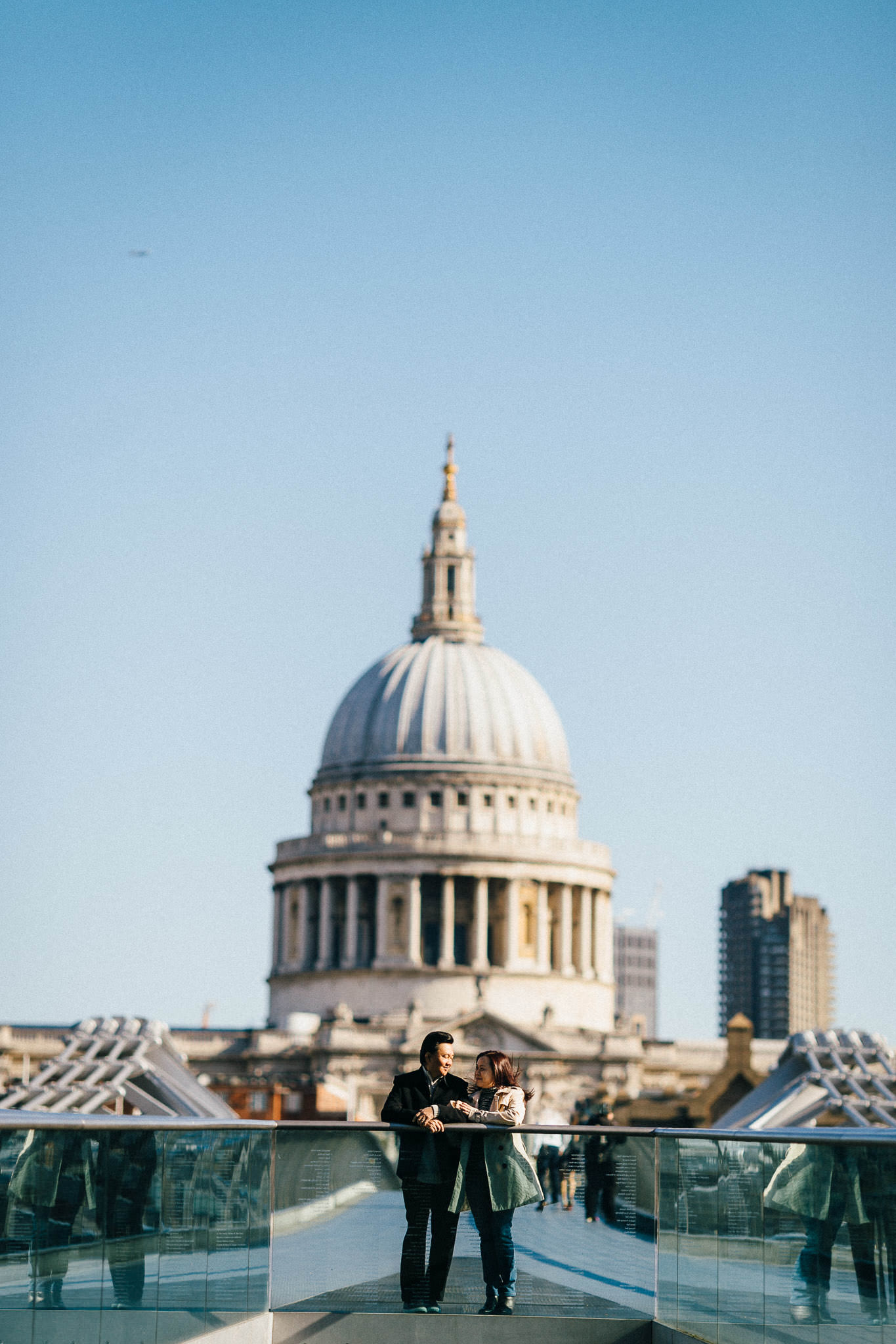 London pre wedding shoot at millenium bridge st paul cathedral