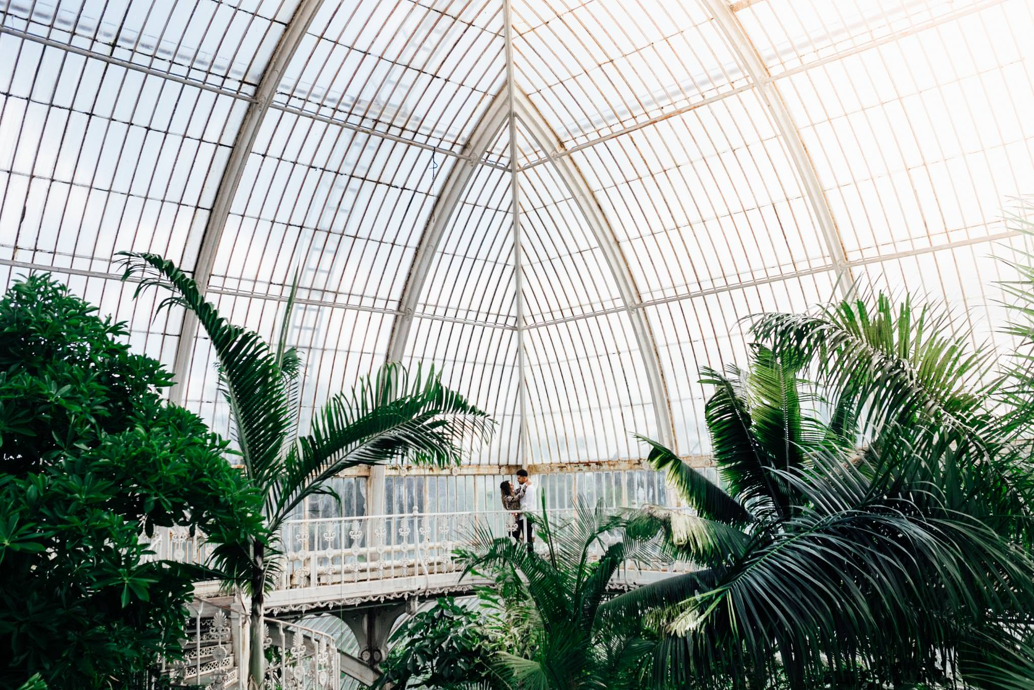 best locations for engagement shoot in London botanical kew gardens conservatory