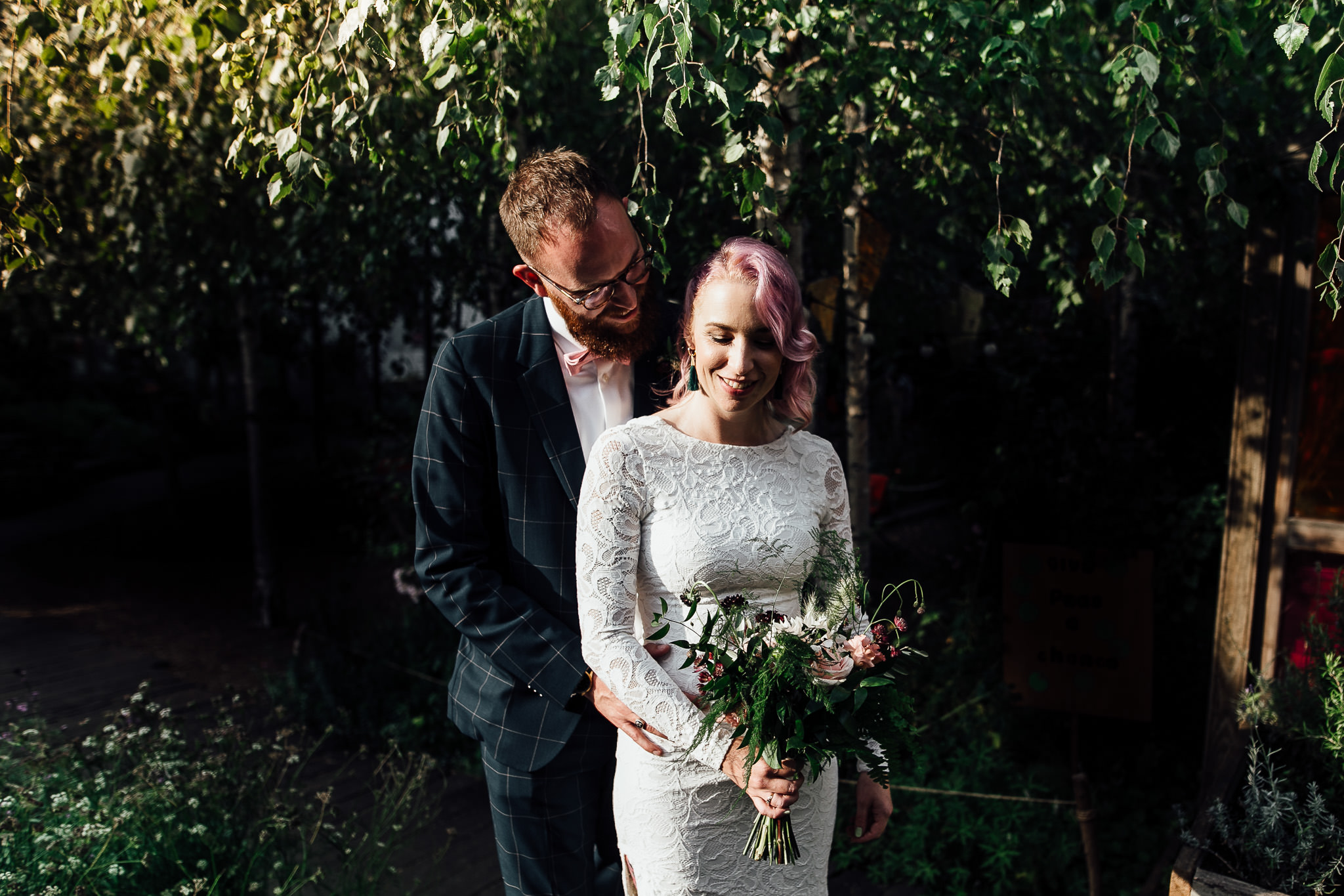 bride and groom photos at dalston curve garden