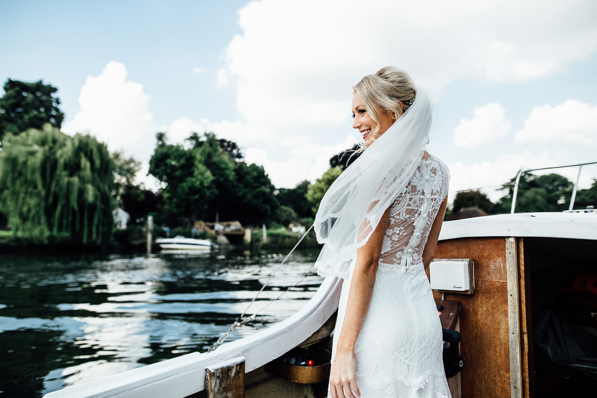 bride sailing river thames